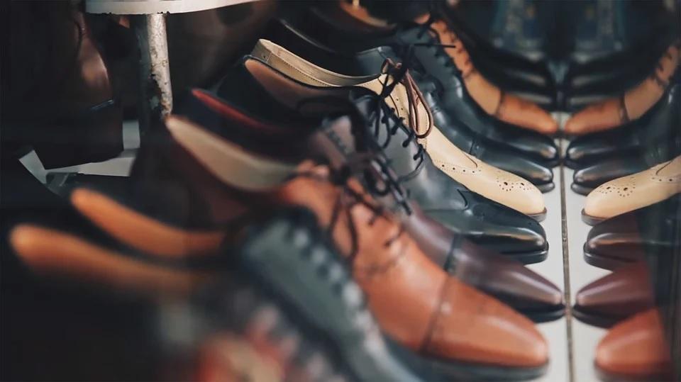 На Смоленской обувной фабрике выявили нарушения трудового законодательства