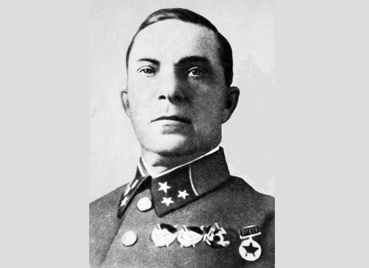 В Смоленске хотят установить три памятника Героям Отечества