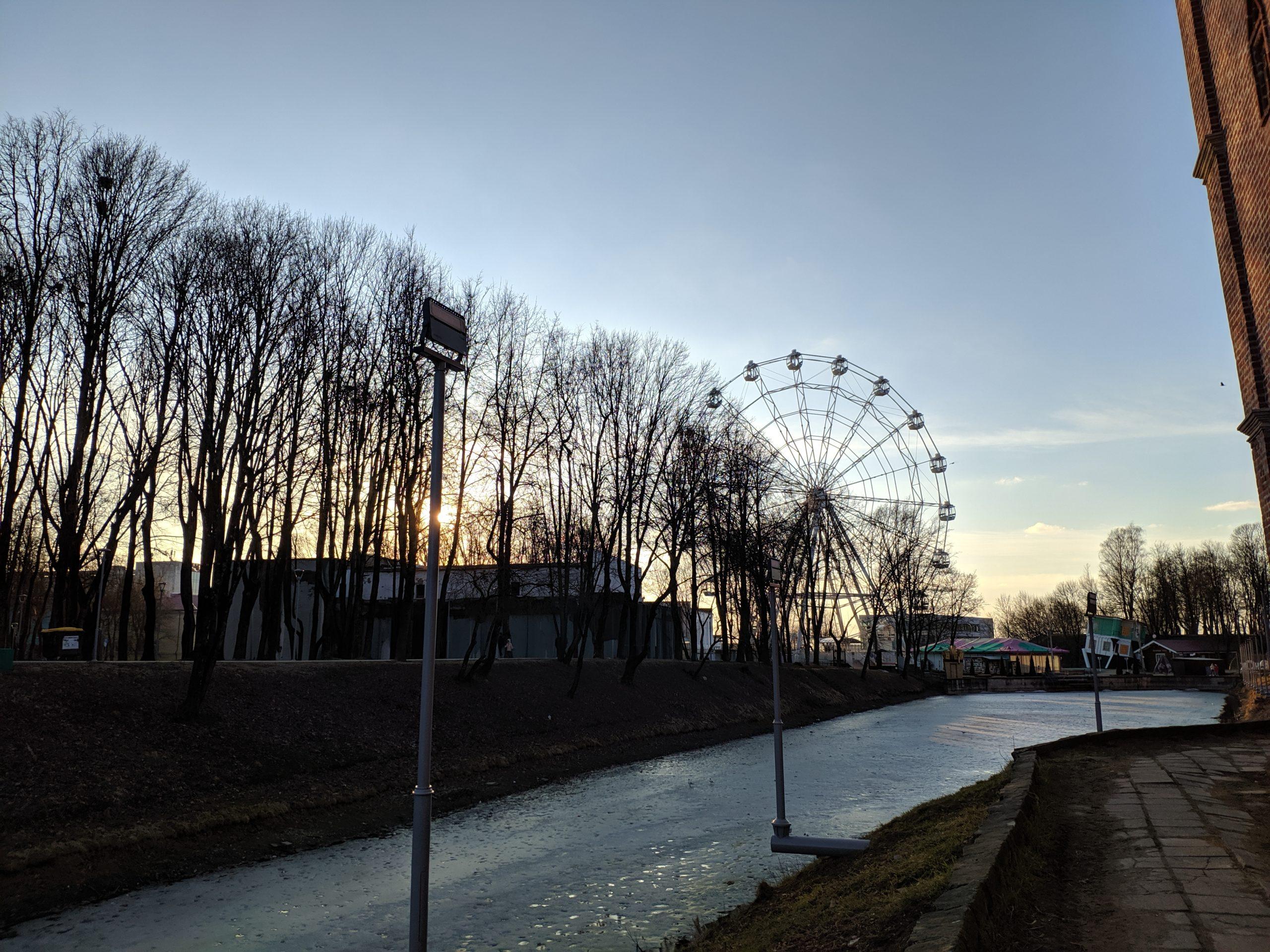 «Колесо обозрения» в Смоленске начало работать
