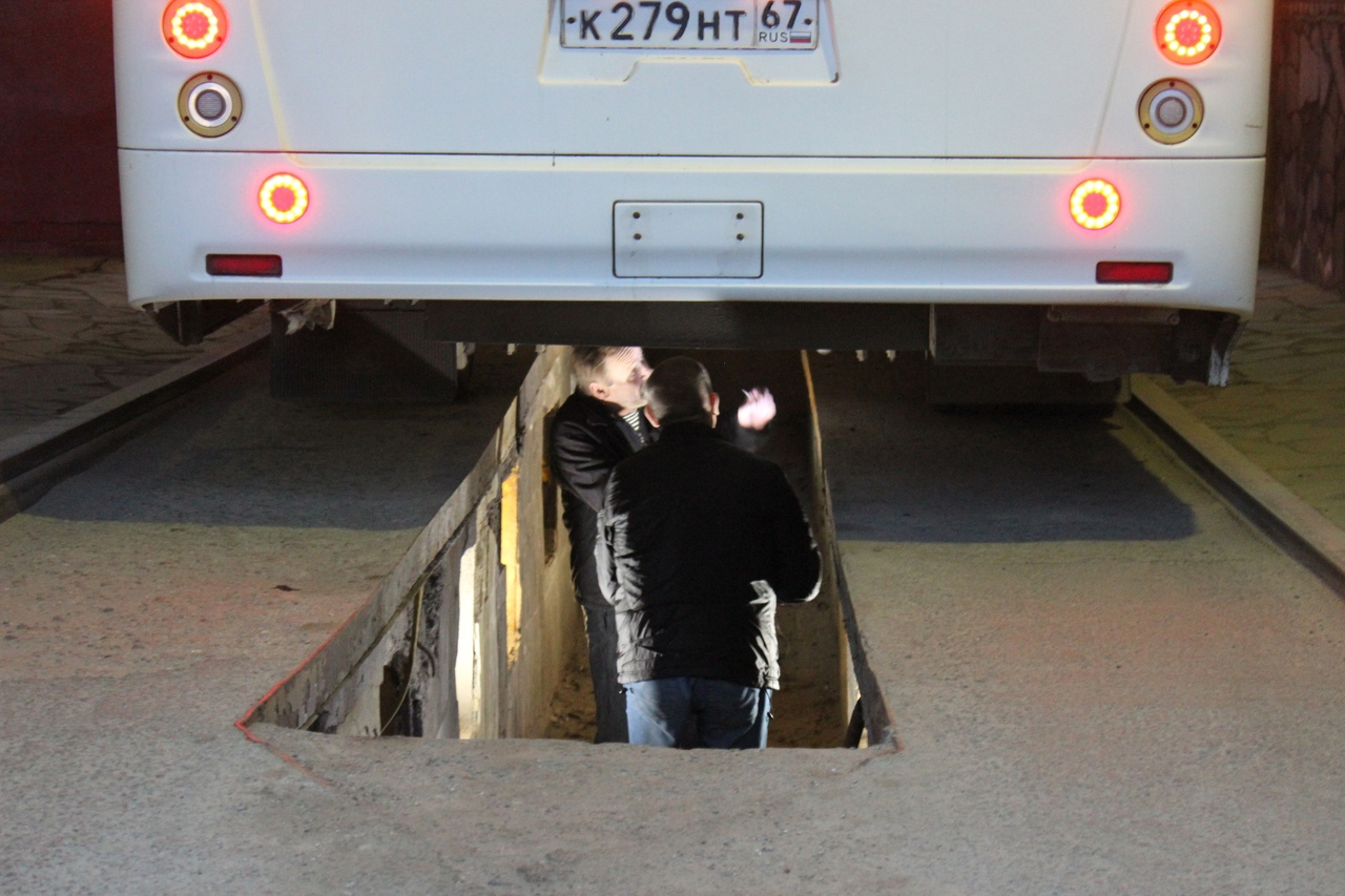 В Смоленске в МУП «Автоколонна 1308» нашли нарушения трудового законодательства