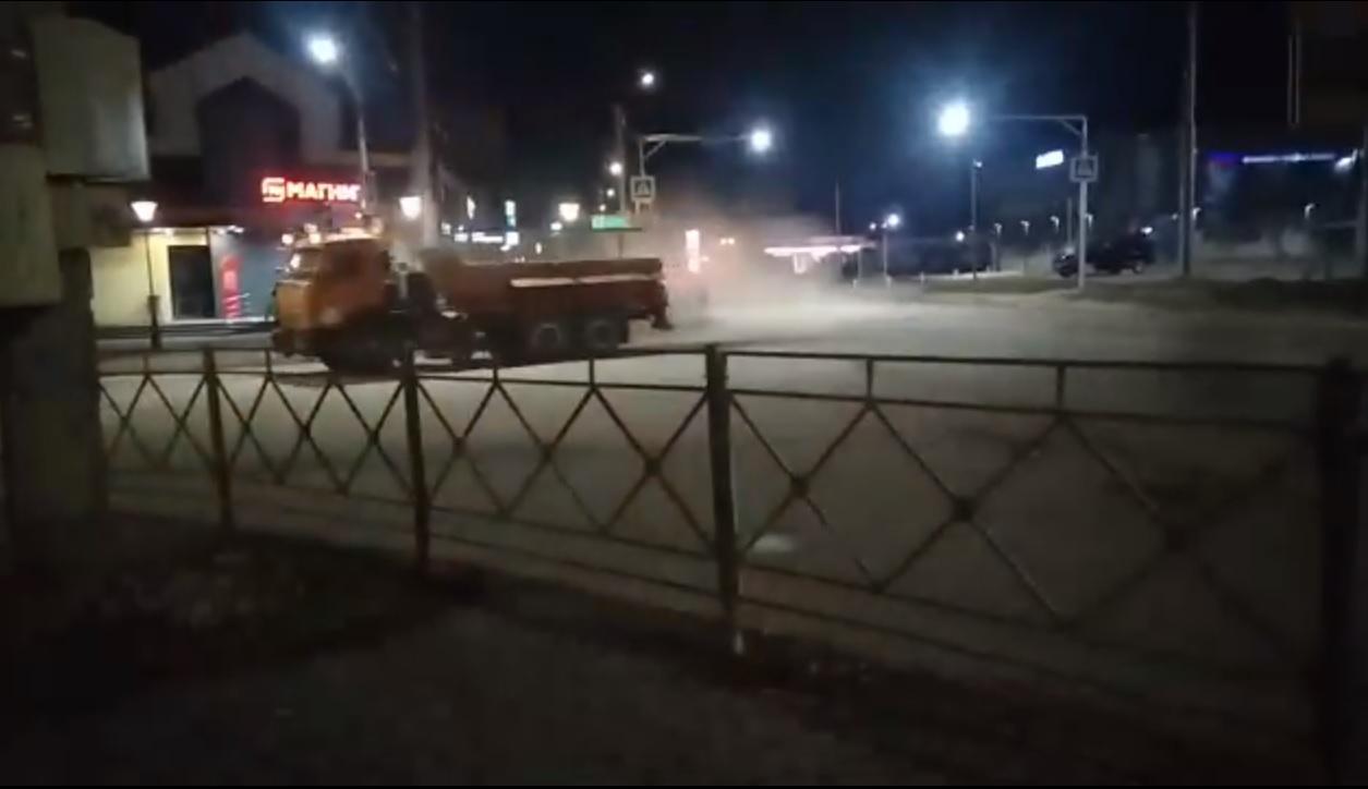Турбовеник по-смоленски: как городские коммунальщики убирают улицы