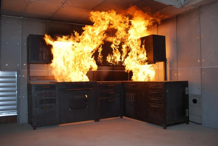 Смолянин из-за пожара не успел закончить уборку
