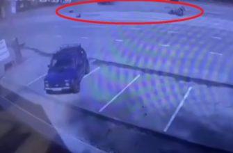 В Сети появилось видео с момента страшной аварии с участием мотоцикла