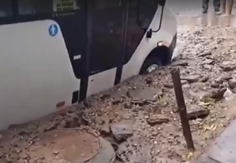 В Смоленске оставят старый асфальт при ремонте улицы Нормандия-Неман
